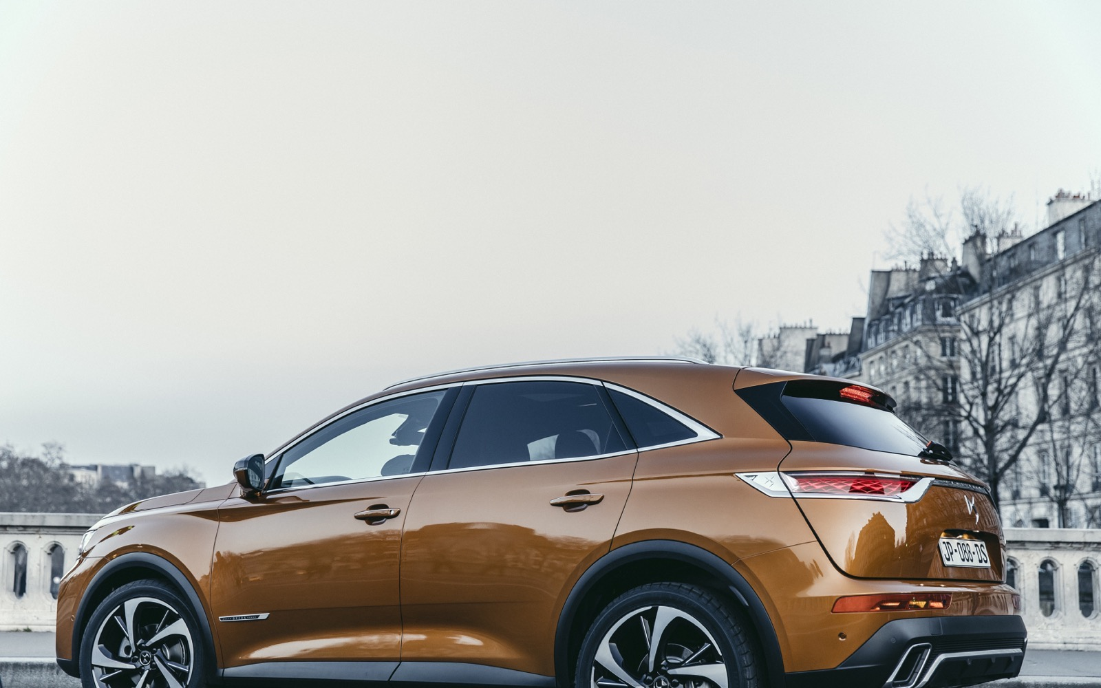 DS_7_Crossback_18