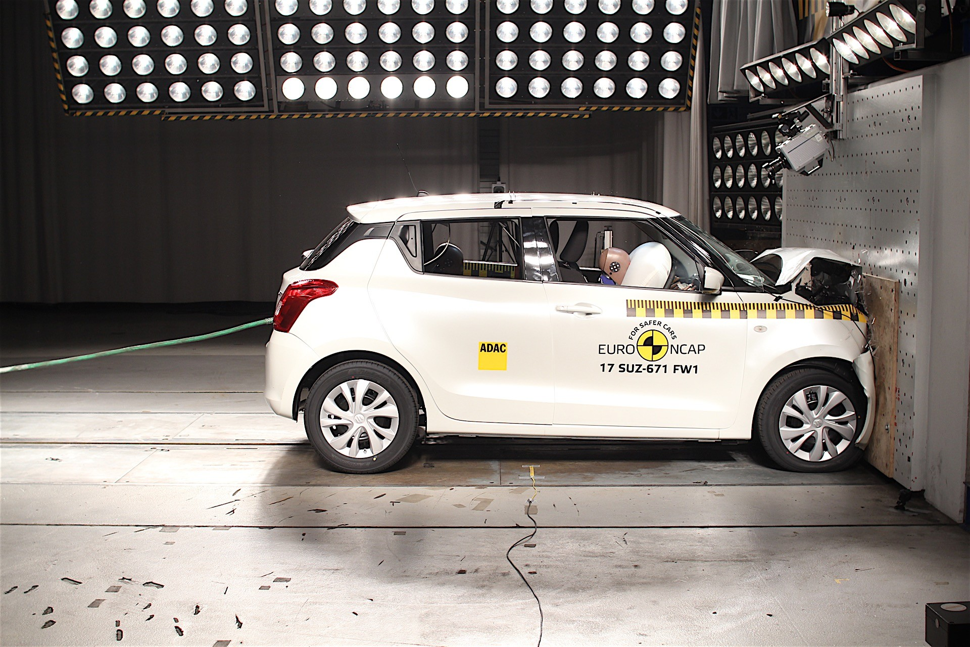 Euro NCAP crash tests may 2017 (16)