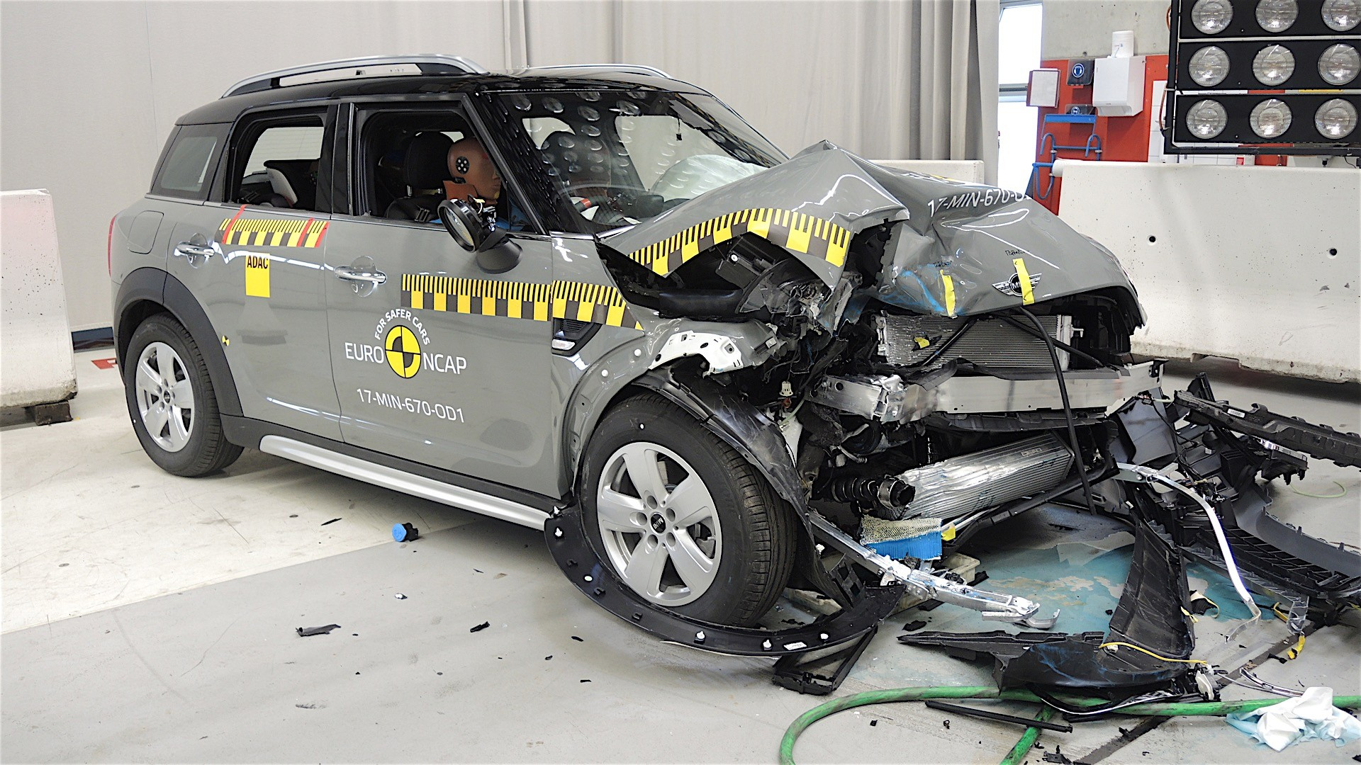 Euro NCAP crash tests may 2017 (26)