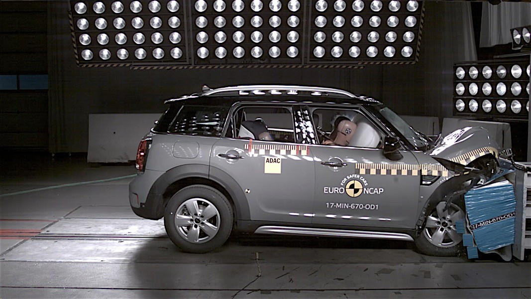 Euro NCAP crash tests may 2017 (29)