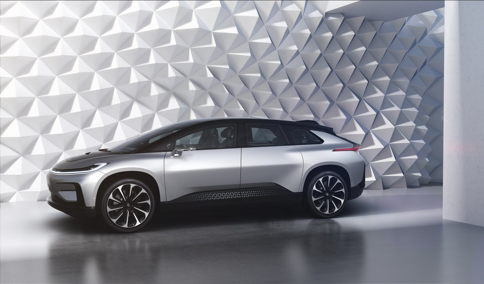 Faraday Future FF 91 (10)
