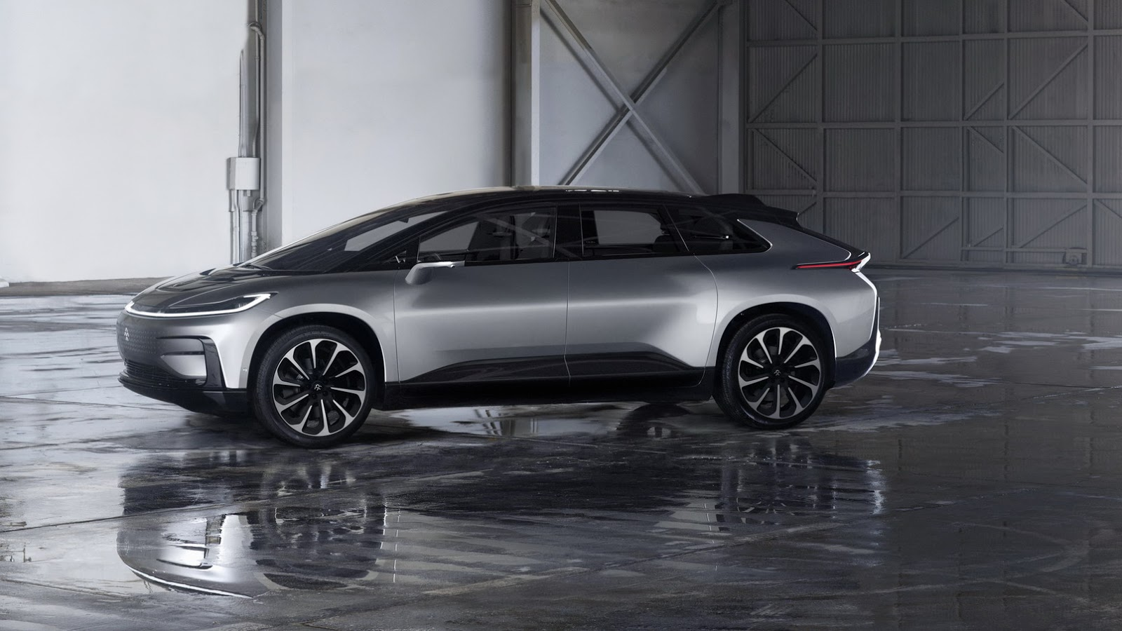 Faraday Future FF 91 (30)