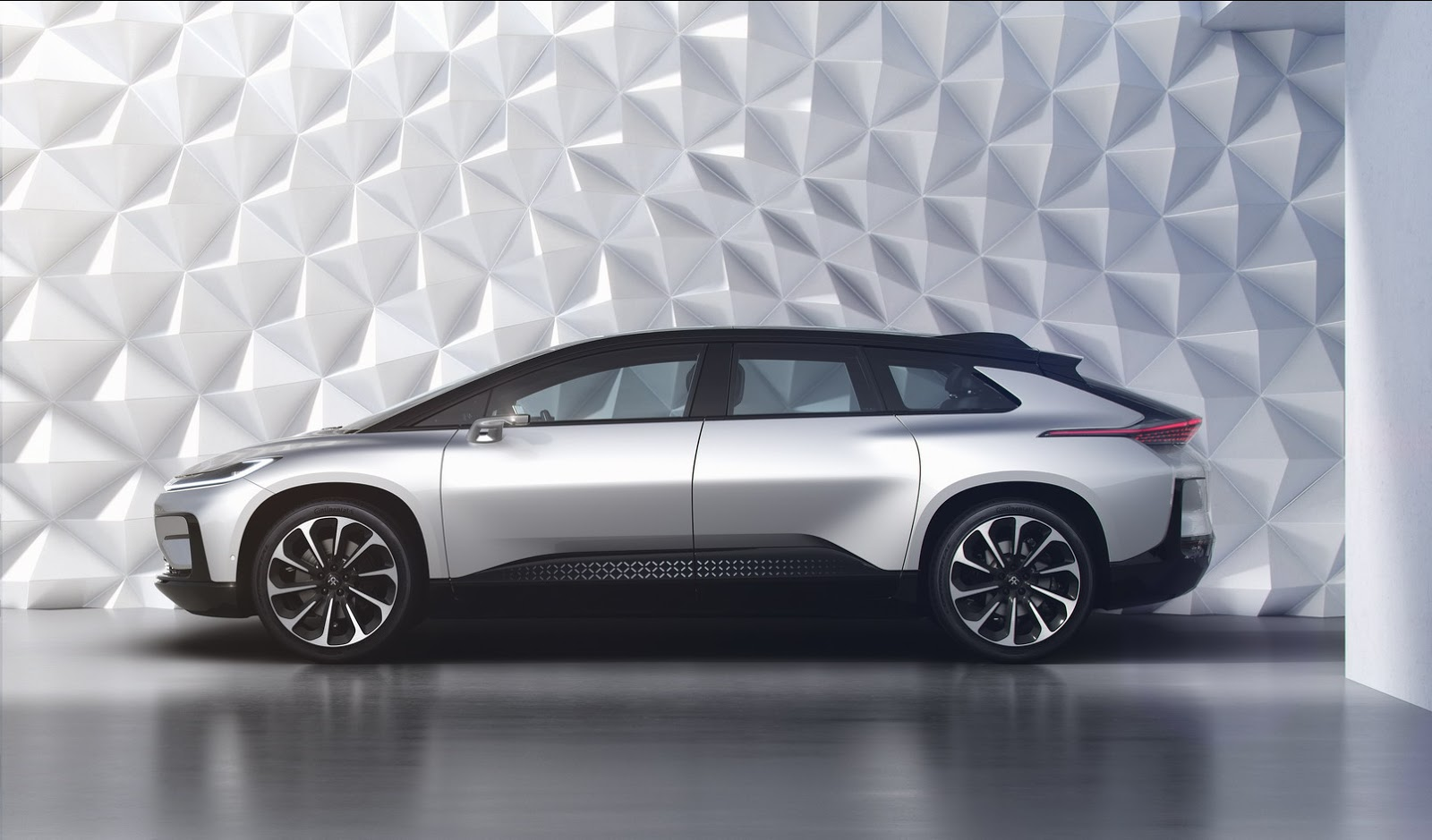 Faraday Future FF 91 (8)