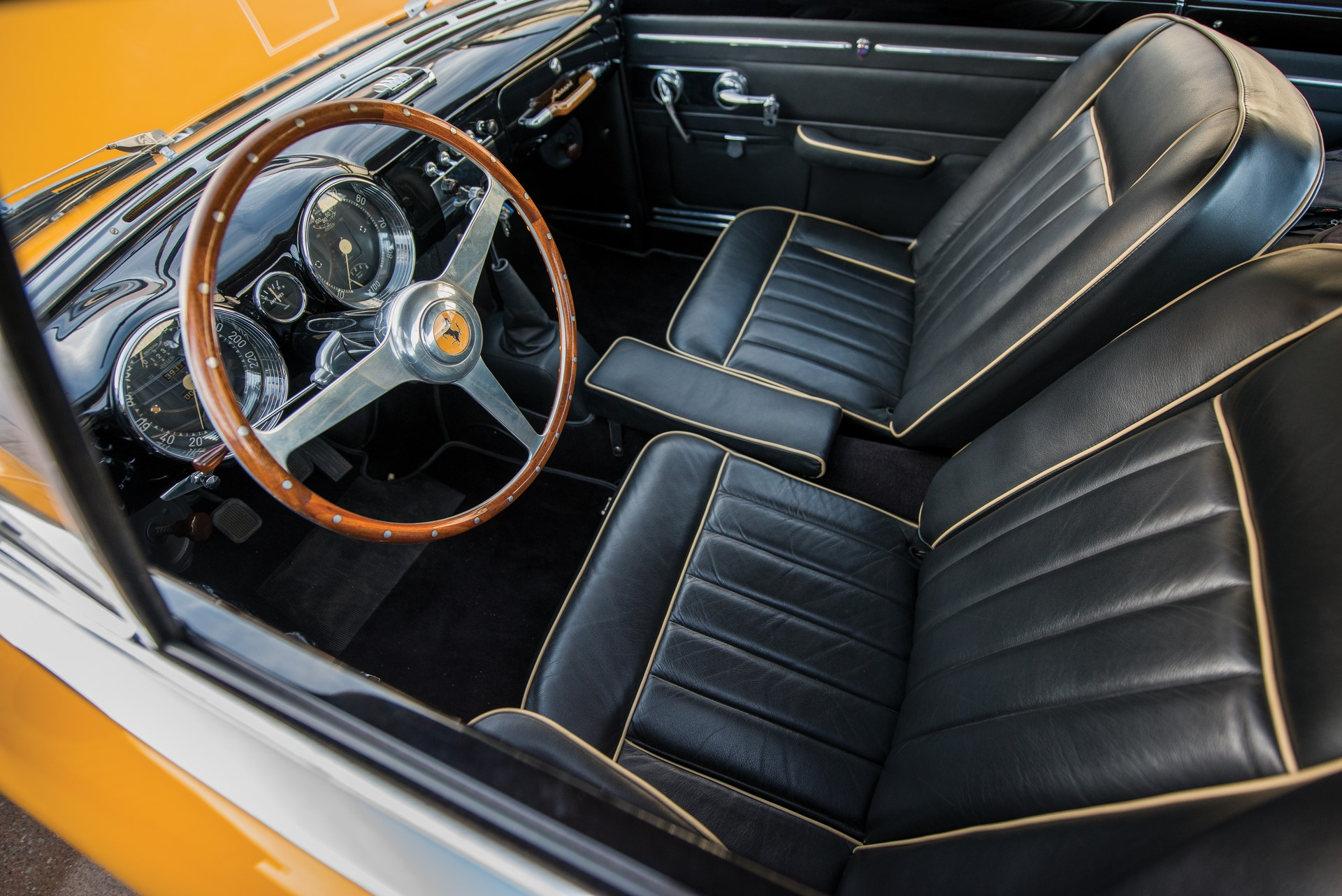 Ferrari 212 Inter Coupe by Ghia 1952 (5)