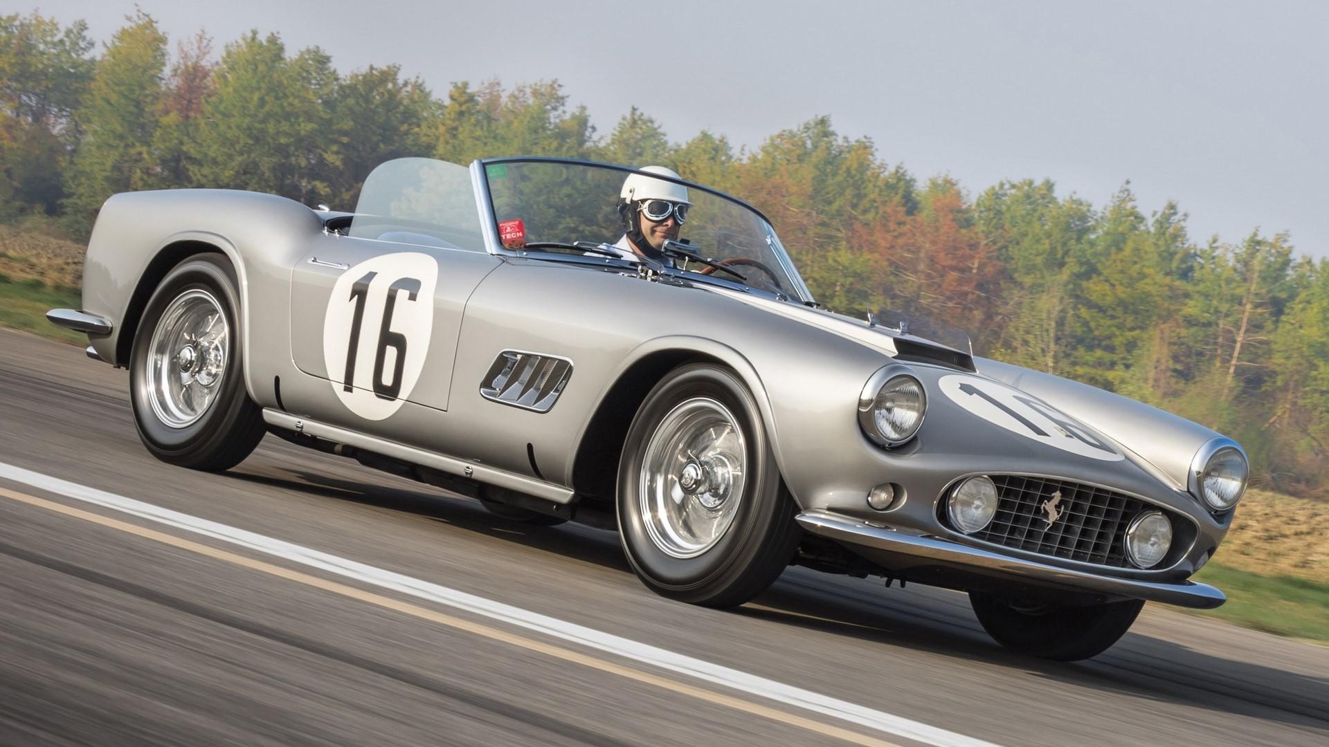 1959 Ferrari 250 GT LWB California (1)