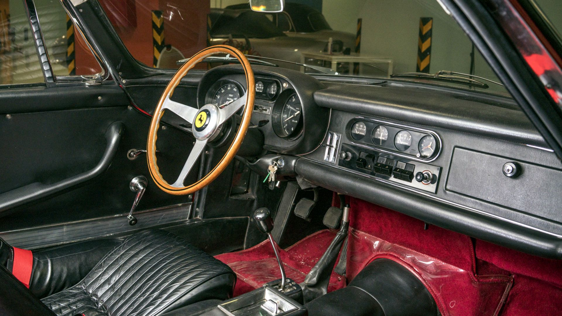 Ferrari_275_GBT:4_Auction_03
