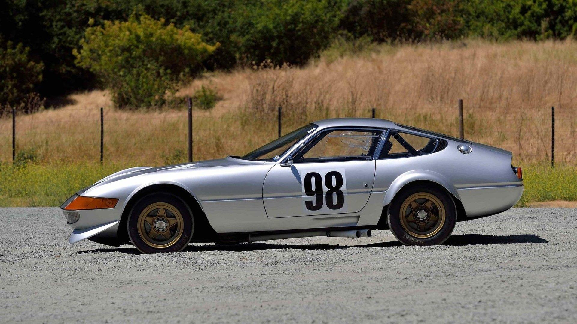 Ferrari 365 GTB4 Daytona Competizione in auction (3)