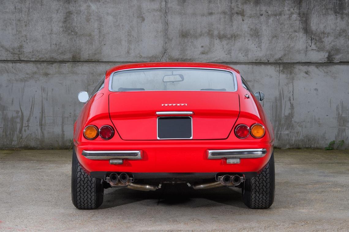 Ferrari 365 GTB4 Daytona Elton John (12)
