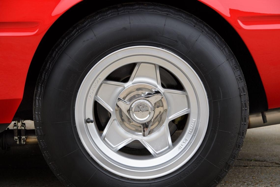 Ferrari 365 GTB4 Daytona Elton John (17)