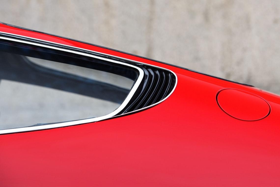 Ferrari 365 GTB4 Daytona Elton John (18)