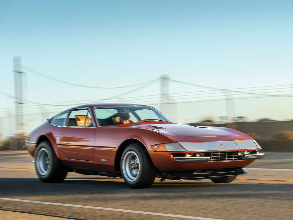 Ferrari 365 GTB4 Daytona in auction (15)