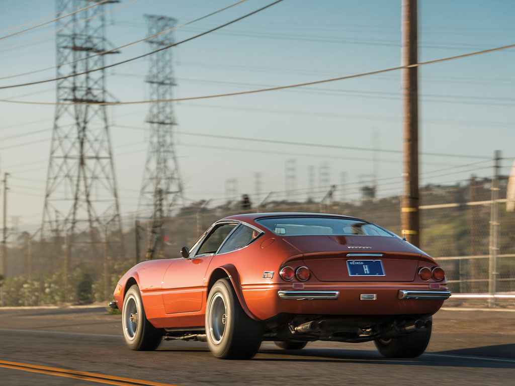 Ferrari 365 GTB4 Daytona in auction (16)
