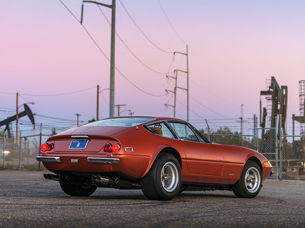 Ferrari 365 GTB4 Daytona in auction (2)