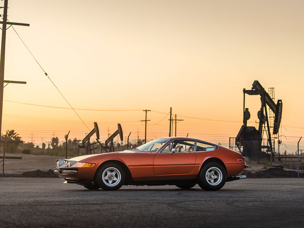 Ferrari 365 GTB4 Daytona in auction (23)