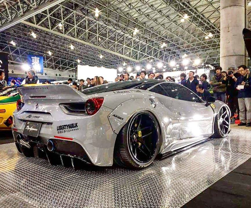 Ferrari_488_GTB_Liberty_Walk_04