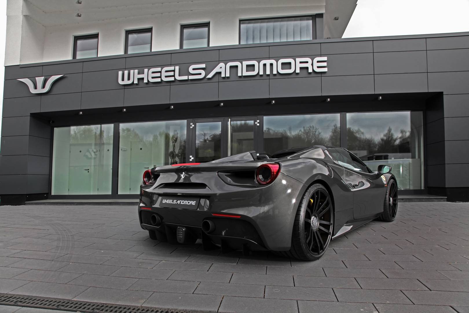 Ferrari-488-Spider-by-Wheelsandmore-2