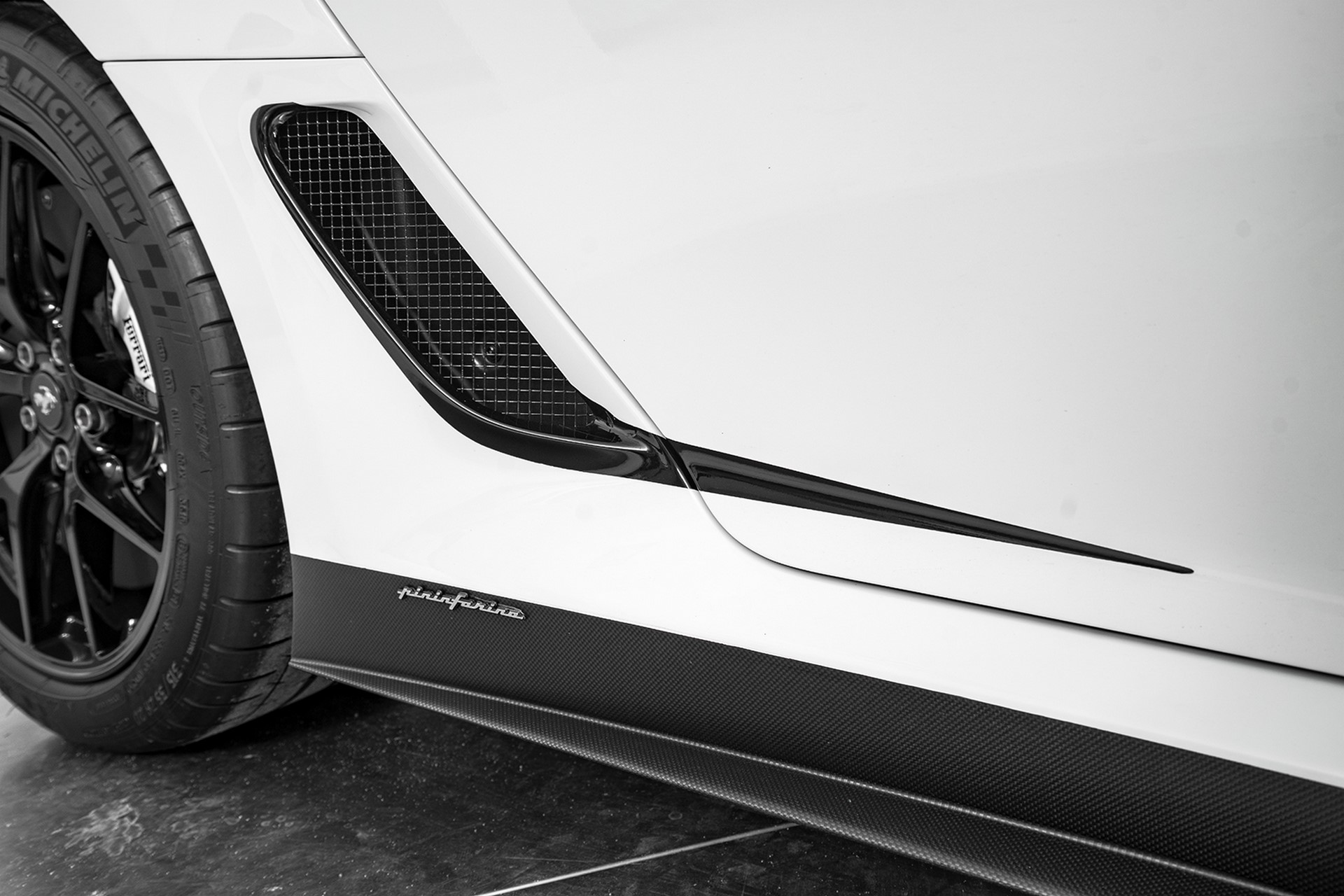 Ferrari 599 GTO with xx aero parts (24)