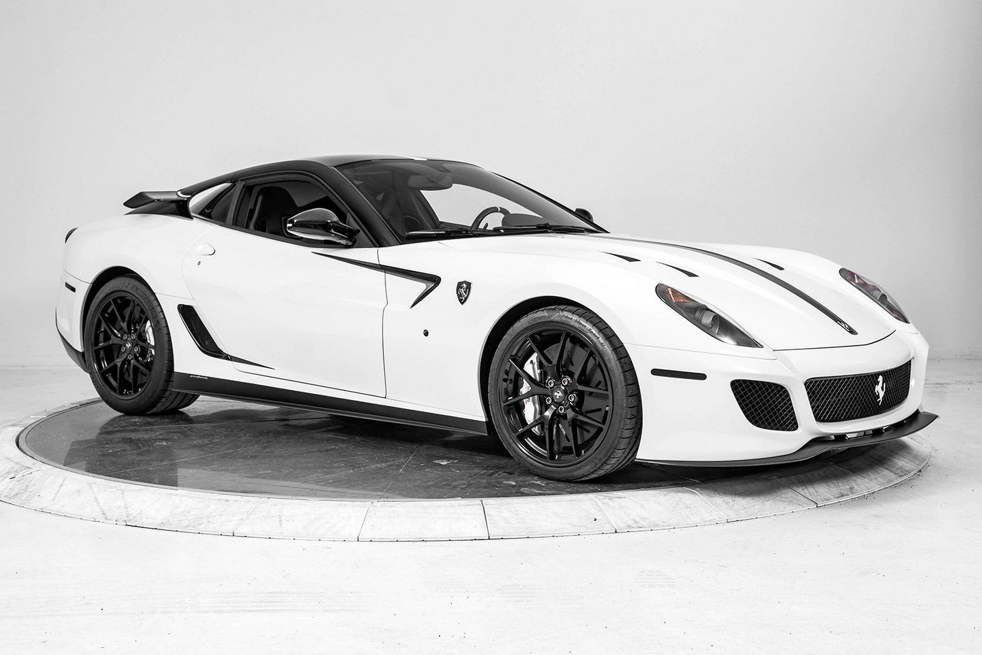 Ferrari 599 GTO with xx aero parts (30)