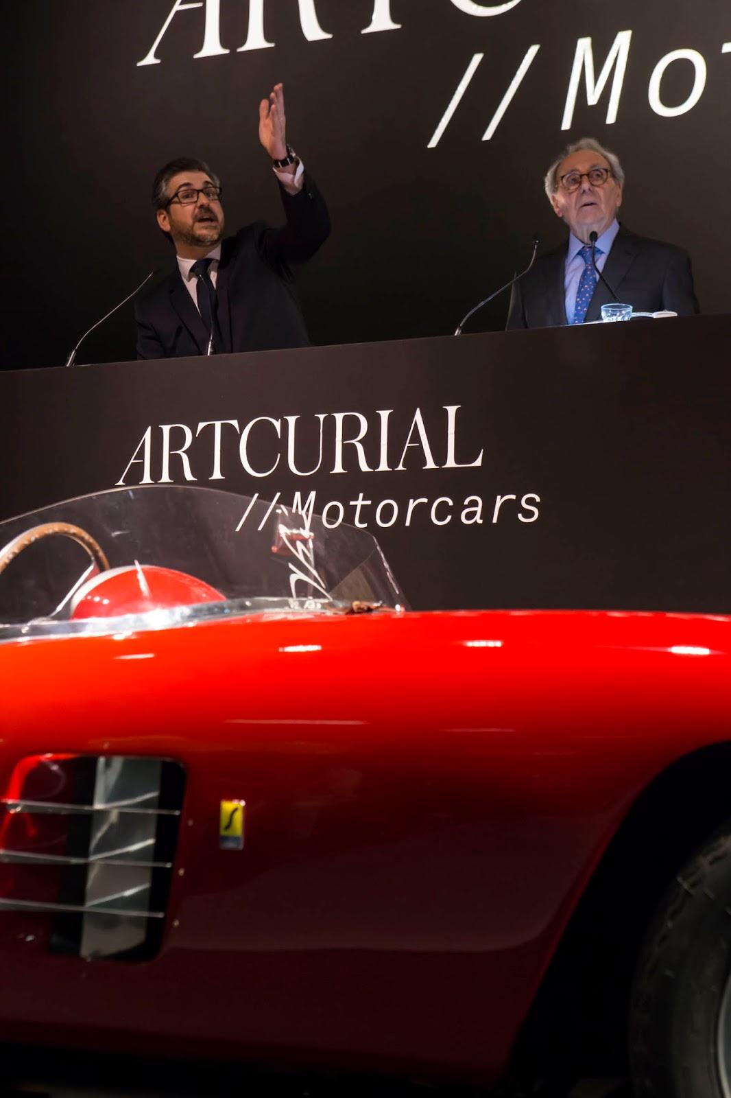 Lot+125+1948+Ferrari+166+Spyder+Corsa+par+Scaglietti+%C2%A9Artcurial+copy