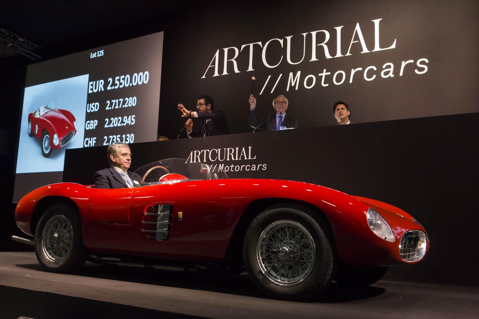 Lot+125_2+1948+Ferrari+166+Spyder+Corsa+par+Scaglietti+%C2%A9Artcurial+copy