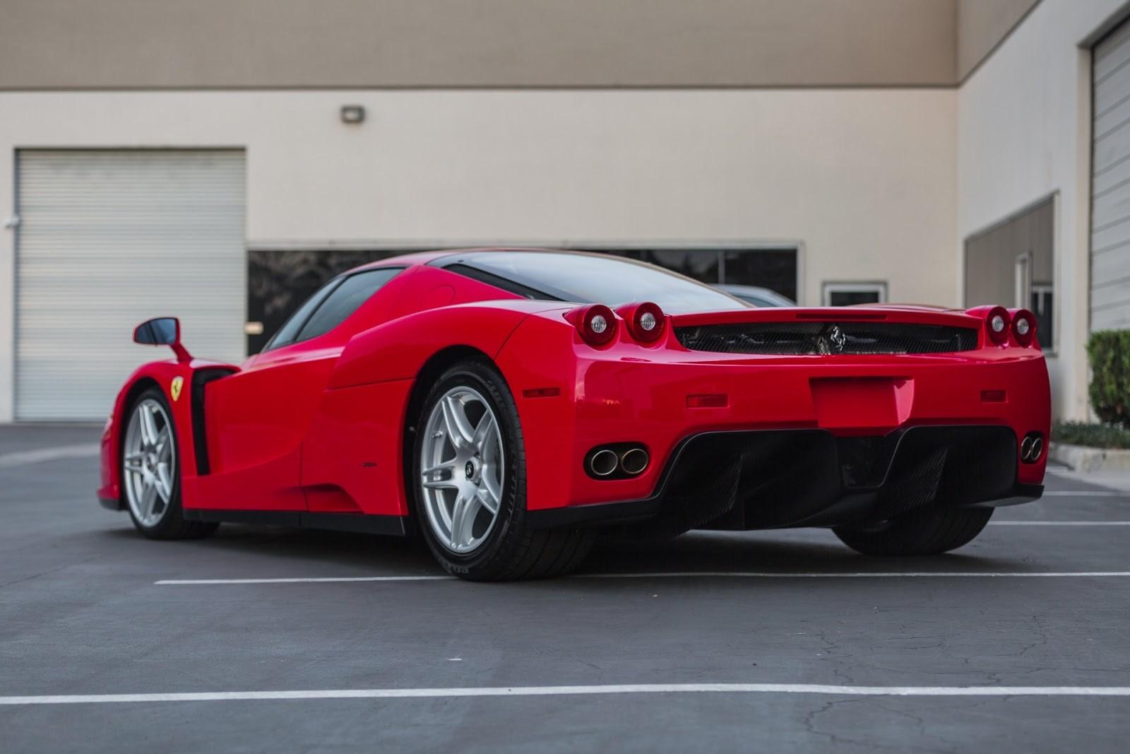 Ferrari Enzo-1