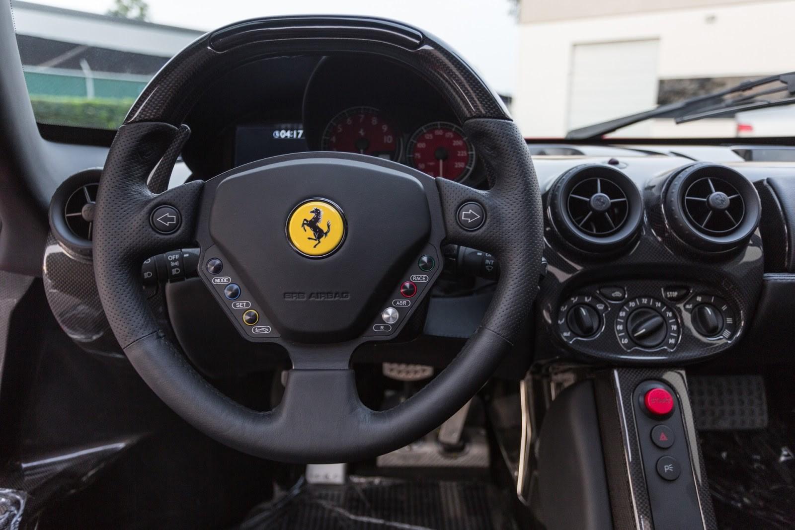Ferrari Enzo-8