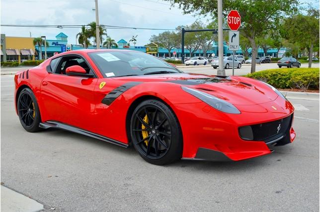 Ferrari_F12tdf_0005