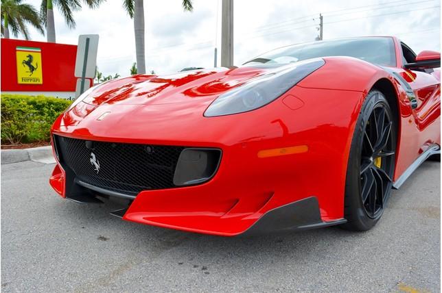 Ferrari_F12tdf_0007
