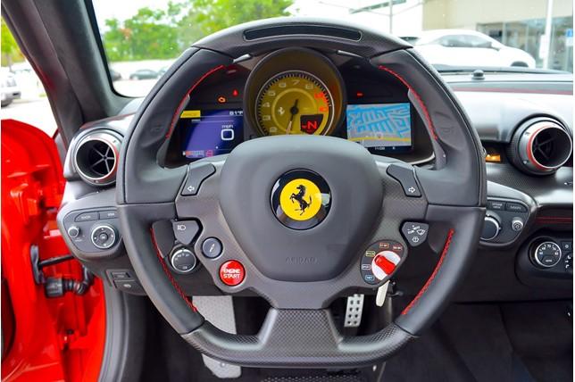 Ferrari_F12tdf_0014