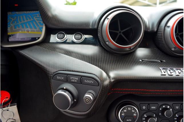 Ferrari_F12tdf_0015
