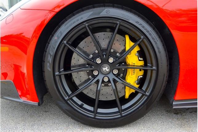 Ferrari_F12tdf_0026