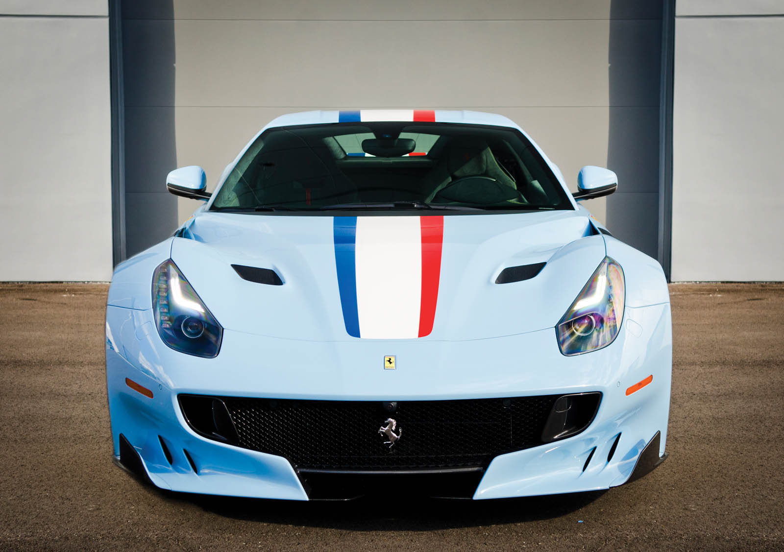 ferrari-f12-tdf-auction-05
