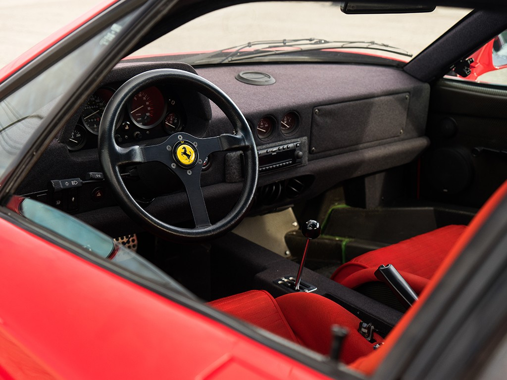 Ferrari F40 for auction (10)