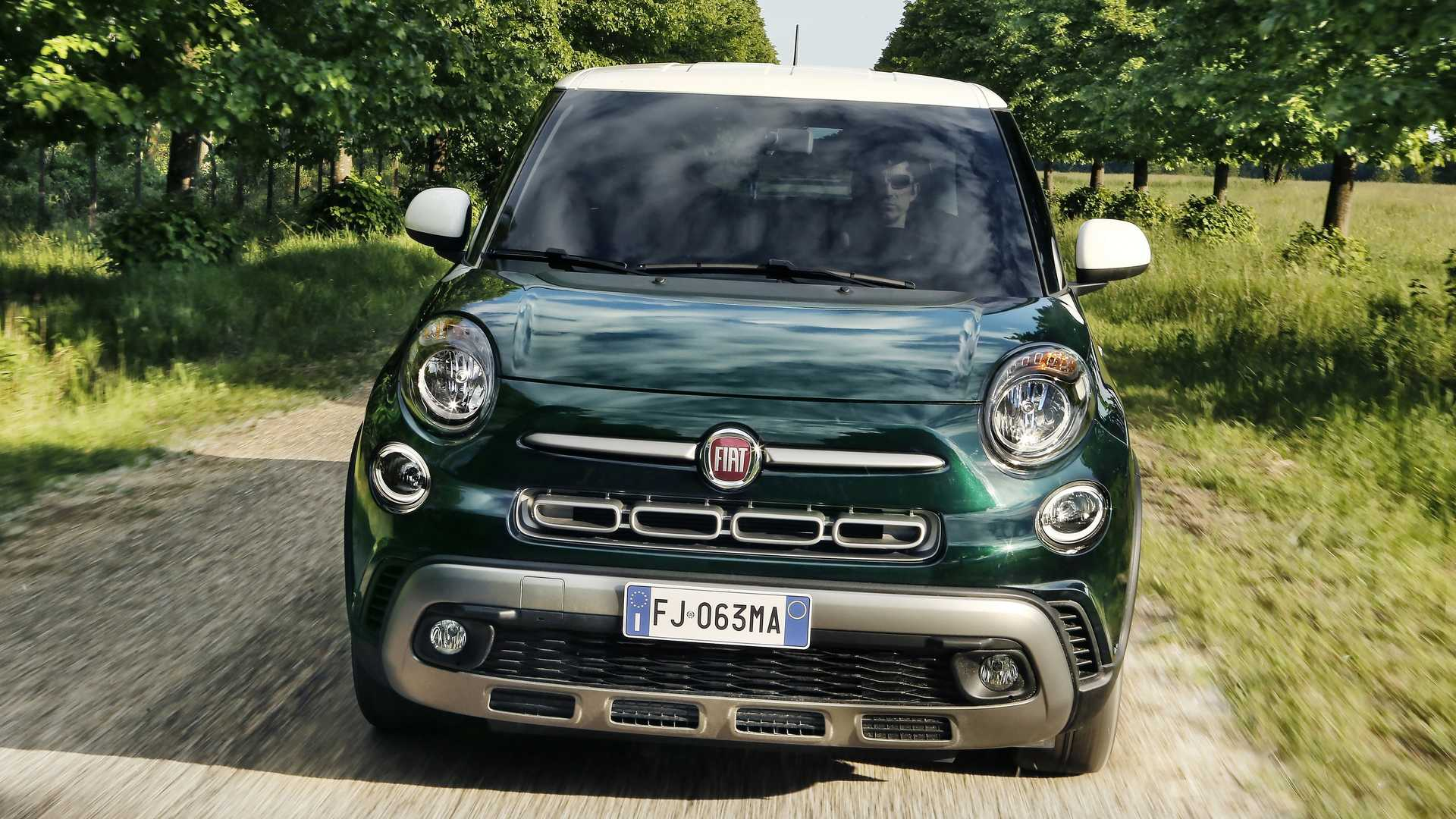 2018_Fiat_500L_cross_facelift_07