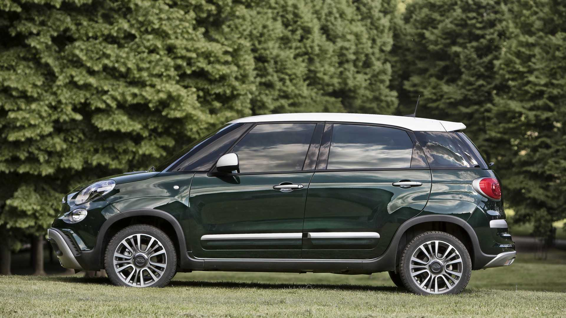 2018_Fiat_500L_cross_facelift_11