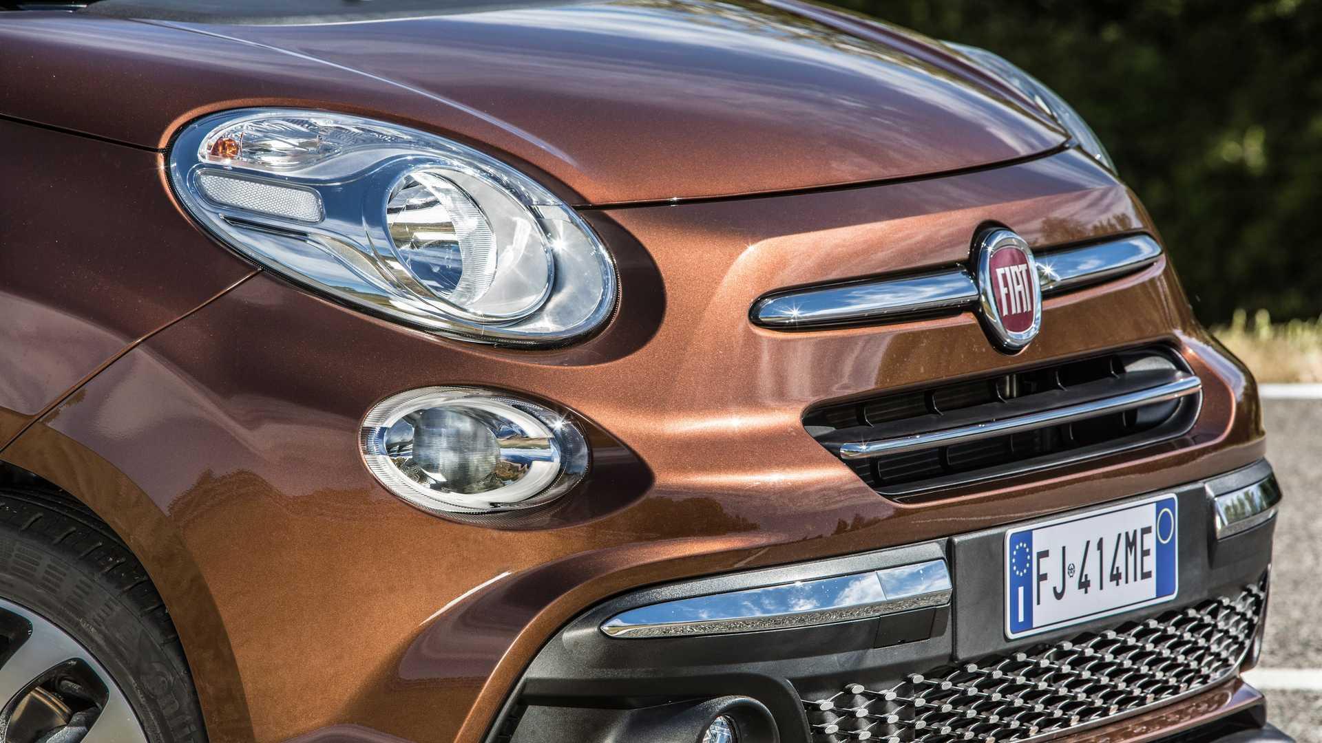 2018_Fiat_500L_facelift_12