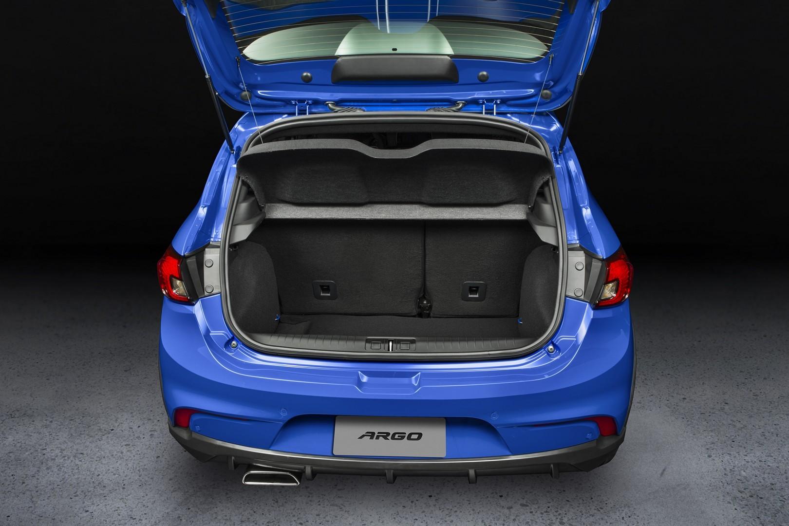 Fiat Argo 2017 (7)