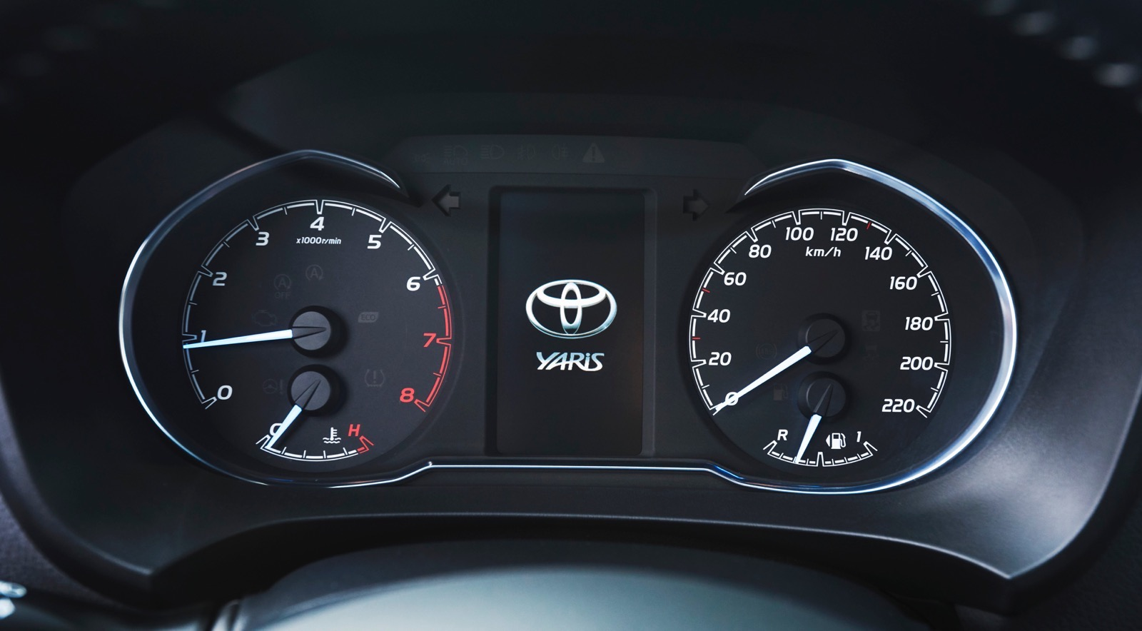 First_Drive_2017_Toyota_Yaris_11