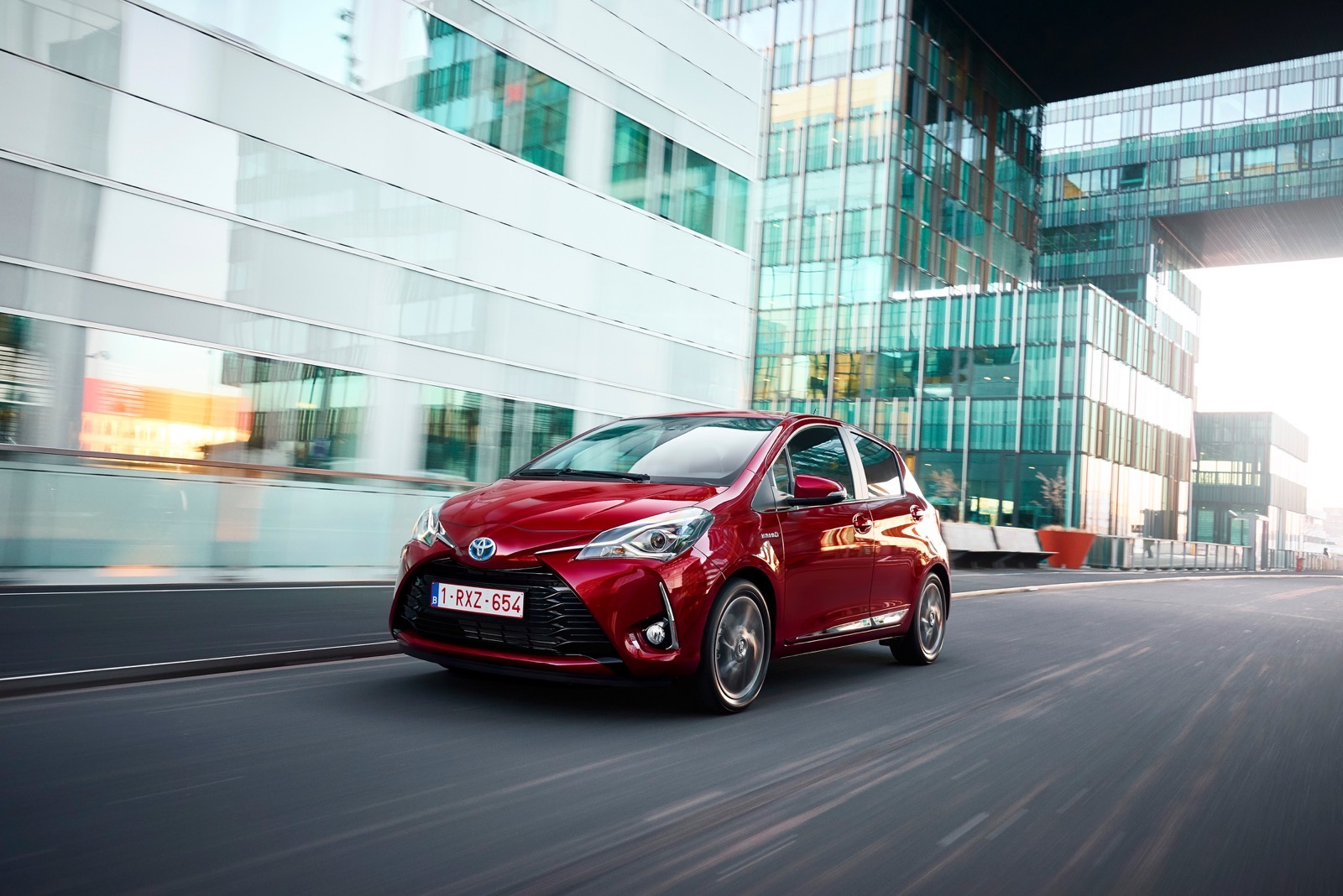 First_Drive_2017_Toyota_Yaris_110