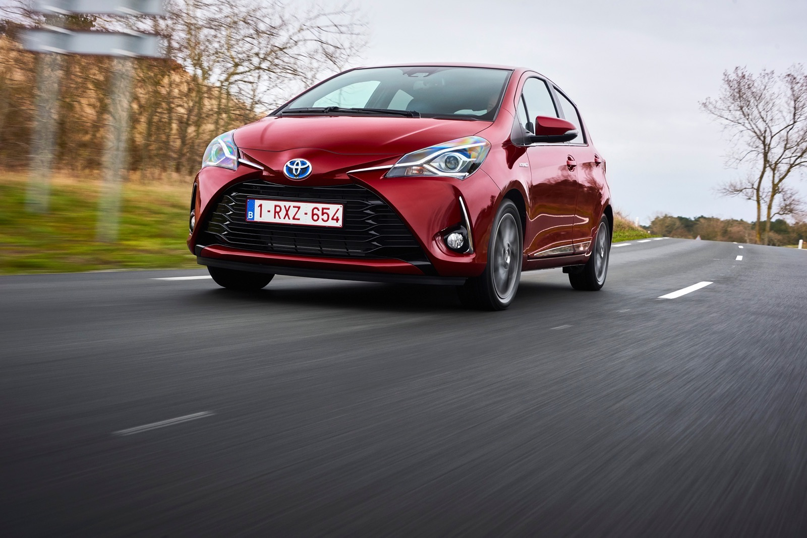First_Drive_2017_Toyota_Yaris_115