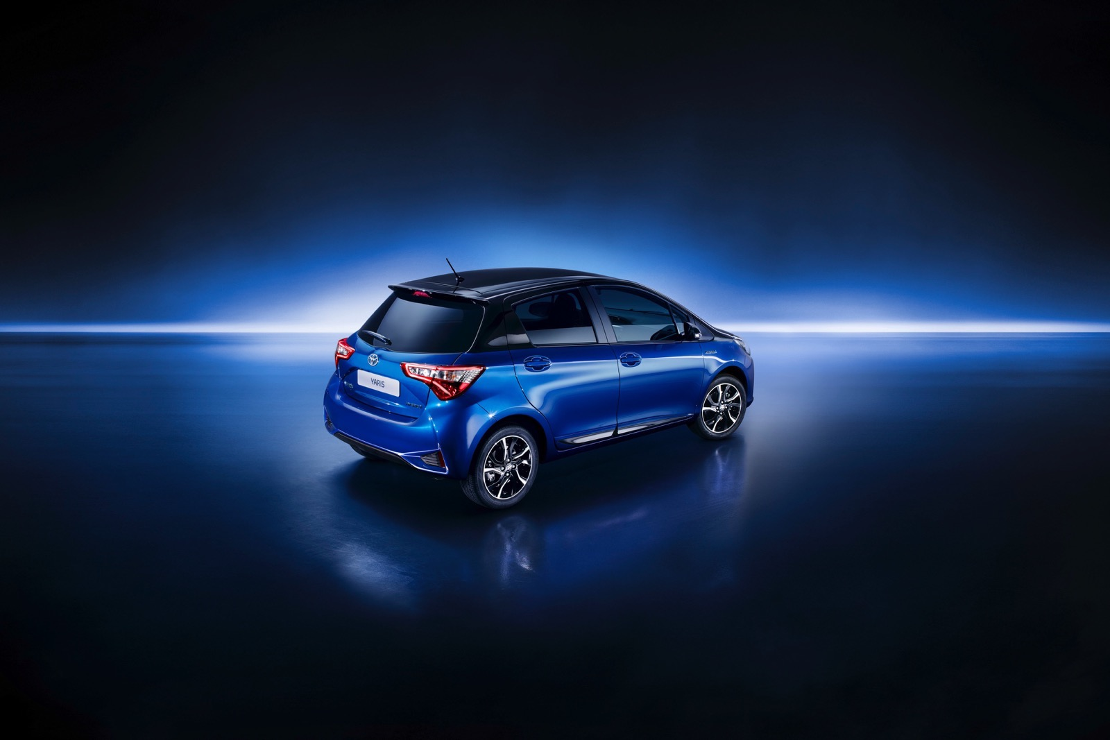 First_Drive_2017_Toyota_Yaris_131