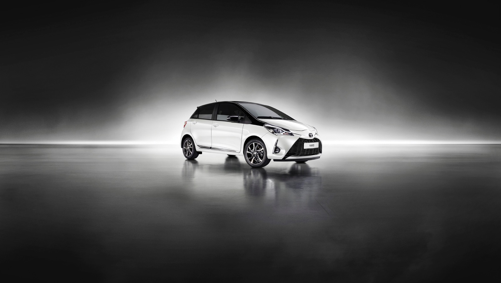 First_Drive_2017_Toyota_Yaris_133