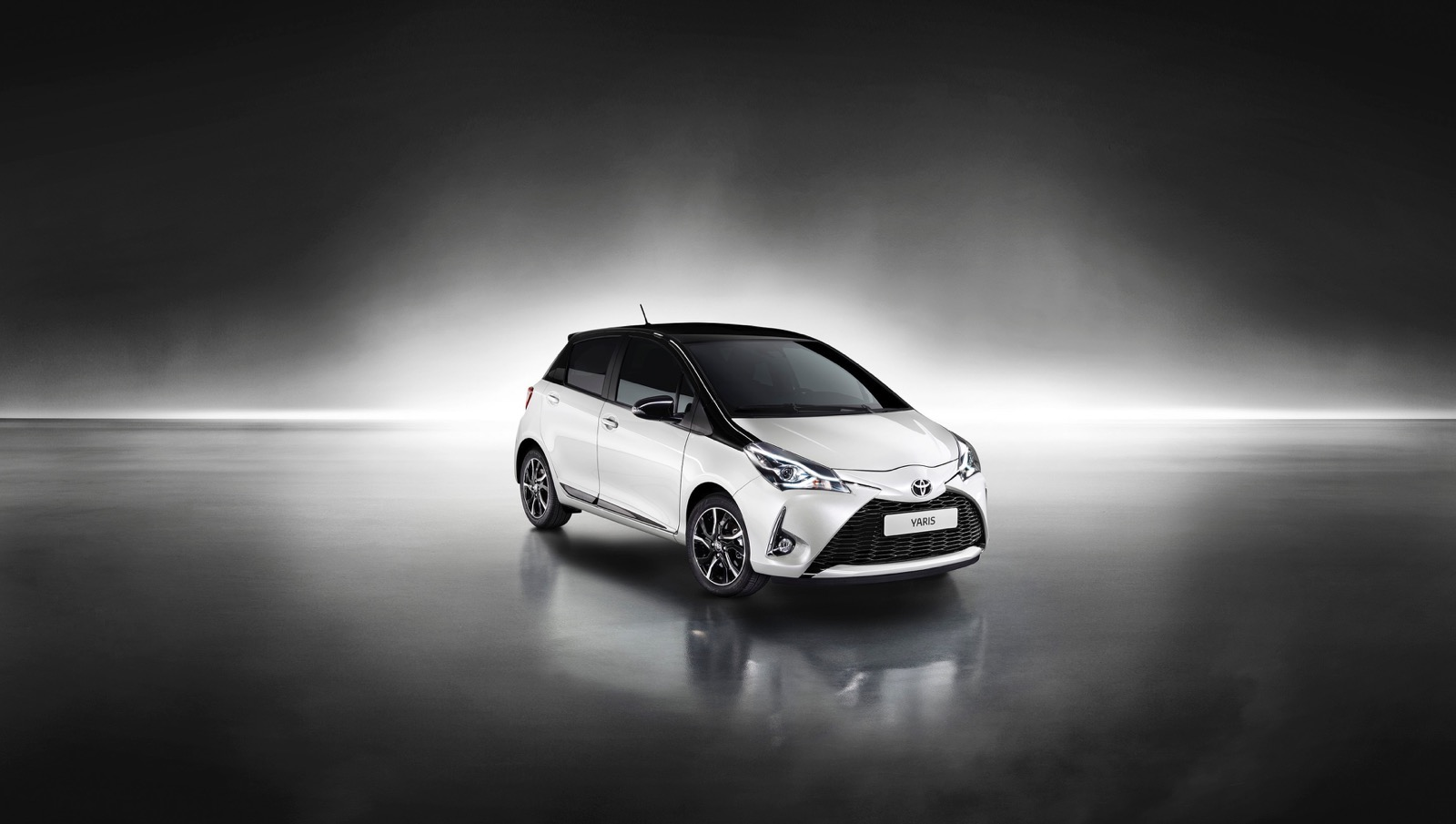 First_Drive_2017_Toyota_Yaris_134