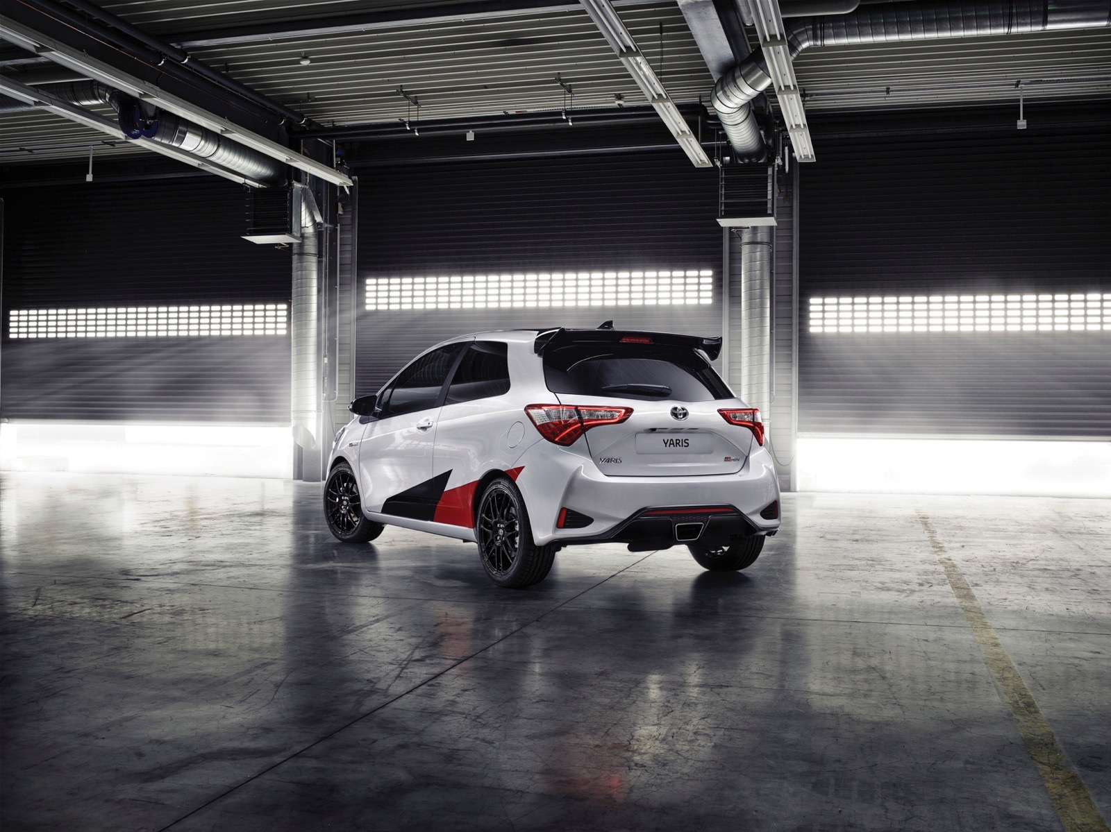 First_Drive_2017_Toyota_Yaris_150