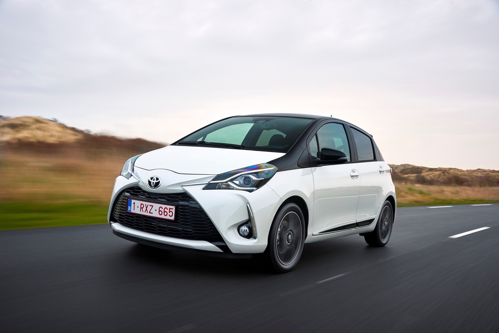 First_Drive_2017_Toyota_Yaris_23