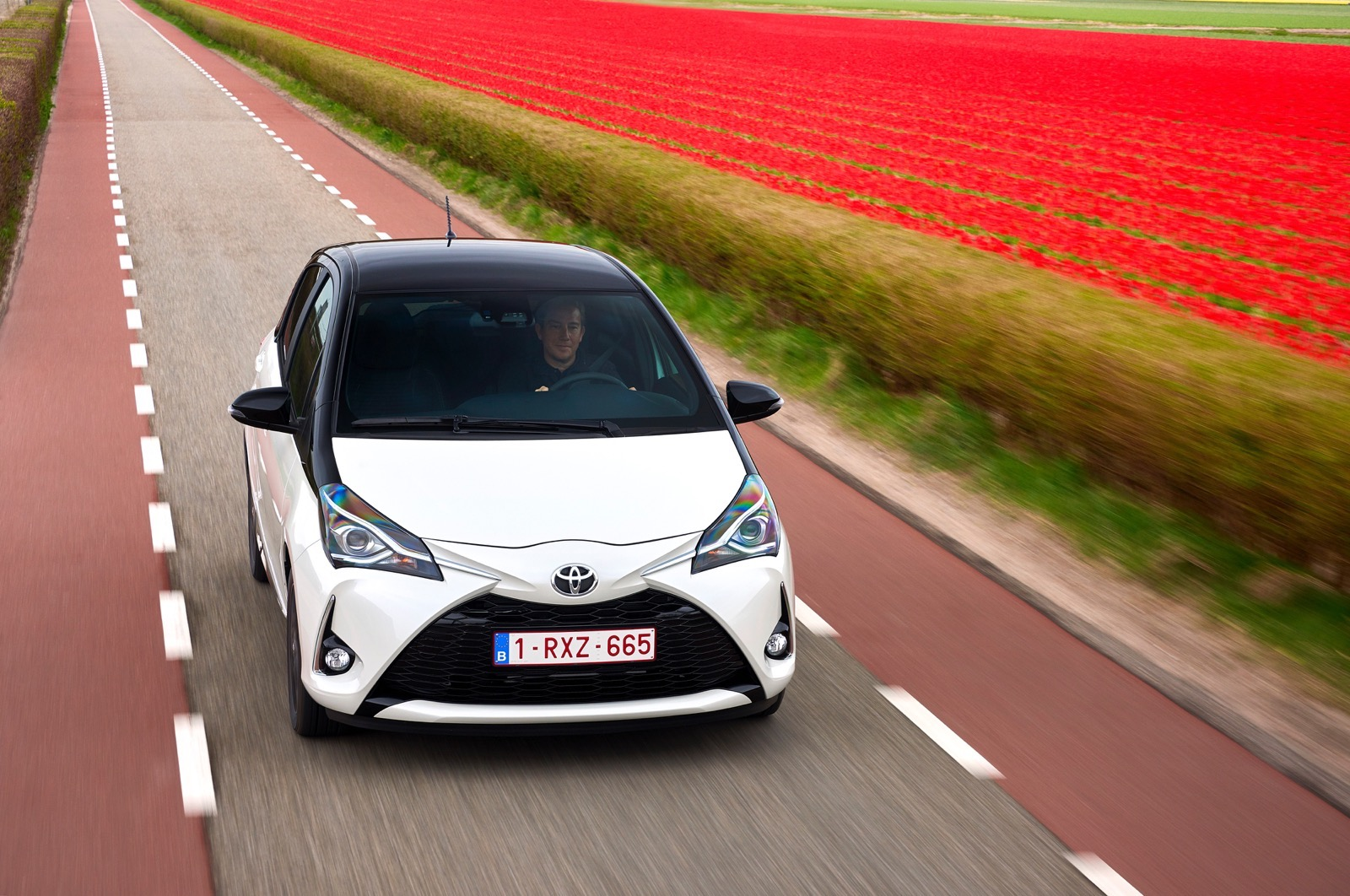 First_Drive_2017_Toyota_Yaris_29