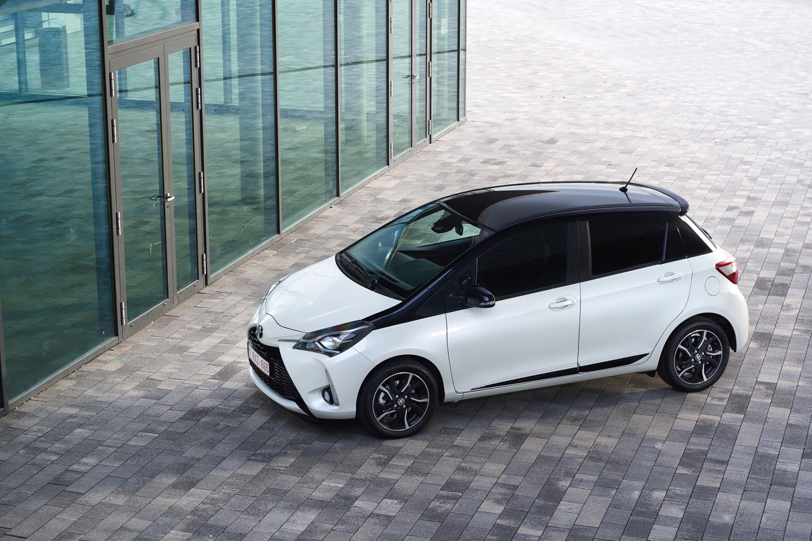 First_Drive_2017_Toyota_Yaris_50
