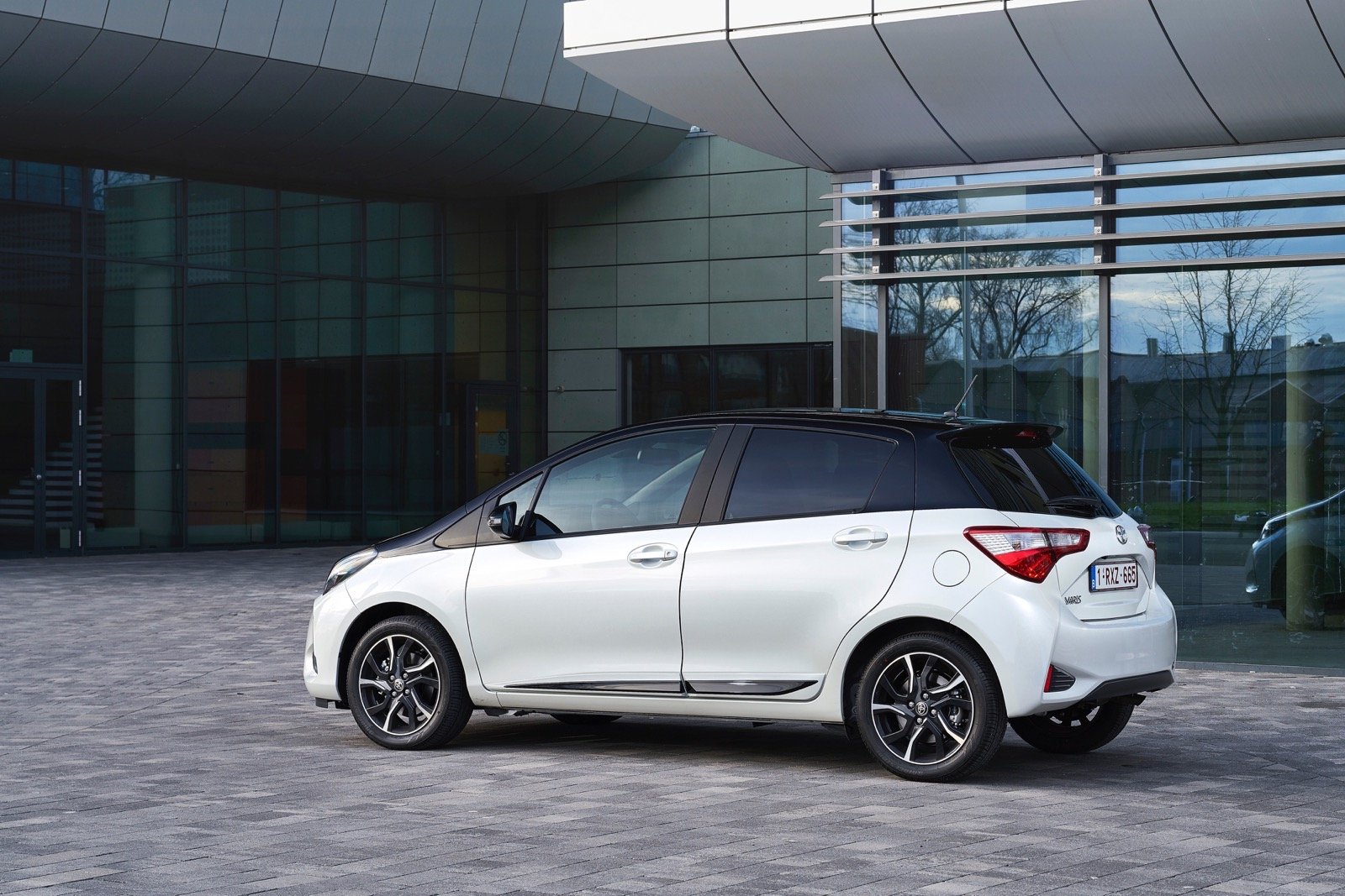 First_Drive_2017_Toyota_Yaris_51