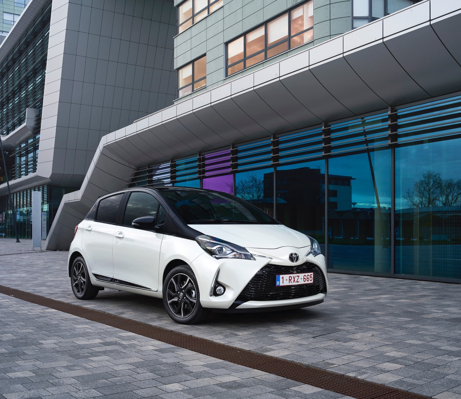 First_Drive_2017_Toyota_Yaris_52
