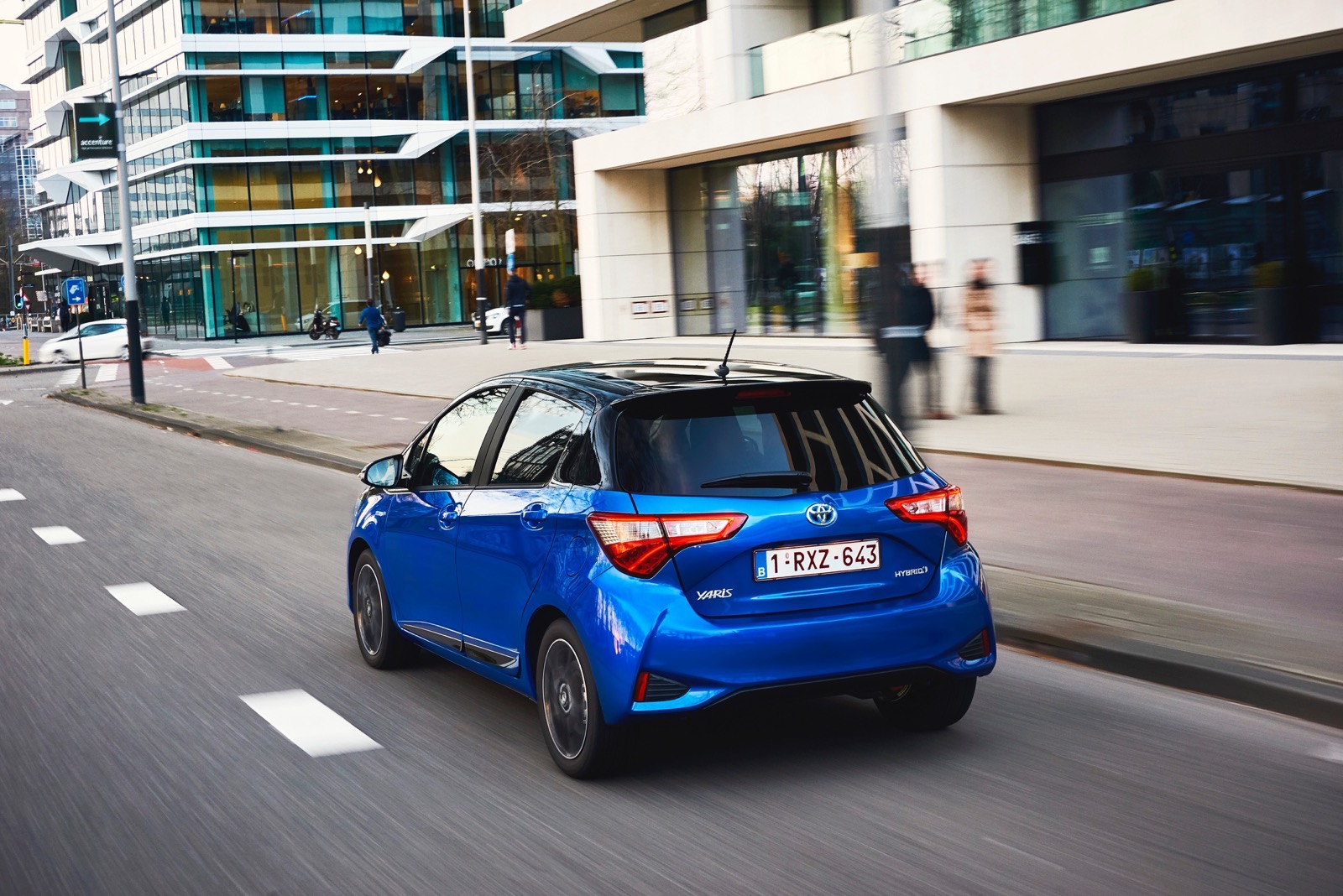 First_Drive_2017_Toyota_Yaris_82
